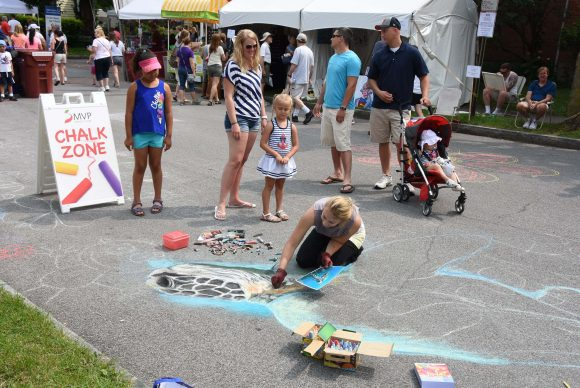 Chalk Artist Chloe Smith